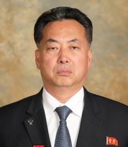 '무역통' 北 리룡남 주중대사 공식 부임…시진핑에 신임장 제정