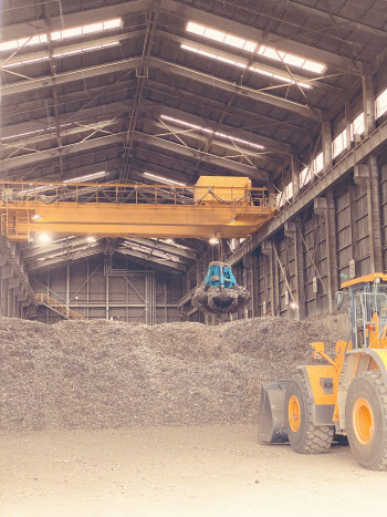 """""""폐플라스틱? 시멘트 산업에 맡기세요"""""""