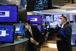 [뉴욕증시]다우·S&P 또 사상 최고치…'어닝 서프라이즈' 이어졌다