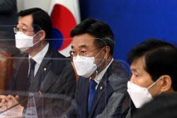 [포토]'발언하는 윤호중 비대위원장'