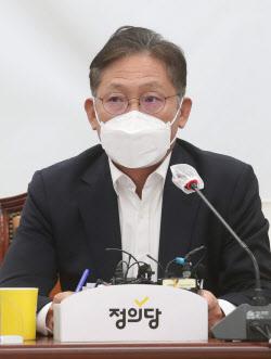[포토]정의당 대표단회의, '모두발언하는 배진교 원내대표'