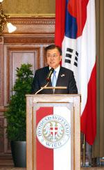 文대통령, 독일 큐어백社 대표와 면담…'백신허브' 협력 강화