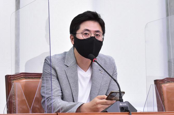 """이동학 """"이준석 열풍, 이념 논쟁 시대 끝났다는 뜻"""""""