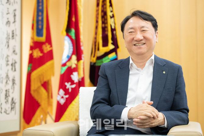 """②권준학 행장 """"인위적 구조조정은 없다"""""""