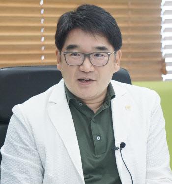 """""""세계적 항암바이러스 기술력 확신, 신라젠 인수"""""""