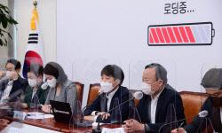 윤석열 국힘 입당 초읽기…尹캠프 합류 인사 징계 논란