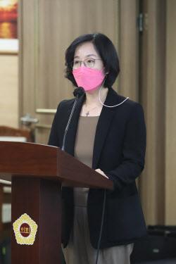 [포토]인사청문회에서 발언하는 김현아 SH 사장 후보자