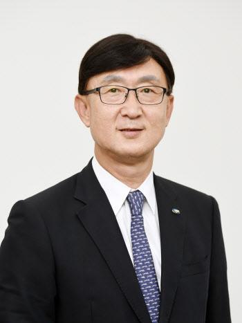 '한해 더'…안효준 국민연금 CIO, 사상 첫 임기 재연장(종합)