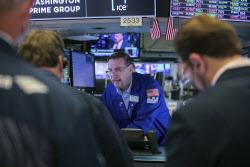 국채금리 1.1%대 하향 안정..S&P 또 신고점 깼다