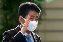 총리 후보 3인방 '아베어천가'에 속터지는 日유권자들[김보겸의 일본in]