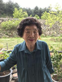 """""""남 도울때 가장 행복"""" 전재산 기부 김밥 할매, LG의인상 받는다"""