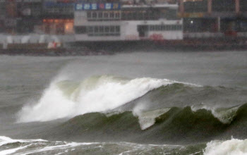 [오늘날씨]전국 흐리고 대부분 지역 비…남부 해안가 높은 파도