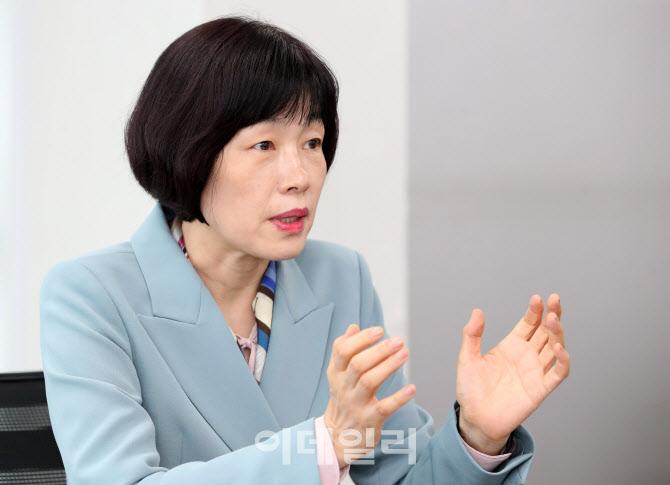 """최연숙 """"안철수, 심도 깊게 고민…미래 선도할 자질 갖춰"""""""
