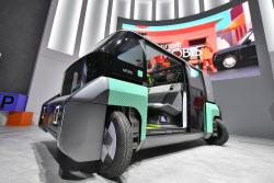 """""""평행주차 쉬워진다""""…현대모비스, 90도 회전바퀴 'e코너 모듈' 개발"""