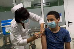 12살은 어른이랑 같은 백신 맞는데 11살은?