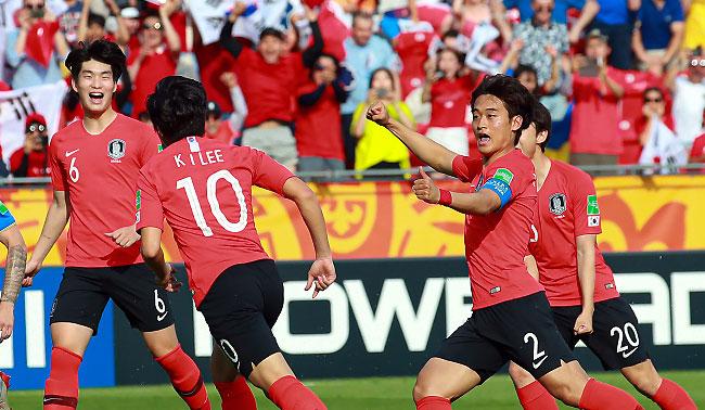 [U-20]최선 다한 리틀 태극전사, 우승보다 값진 준우승