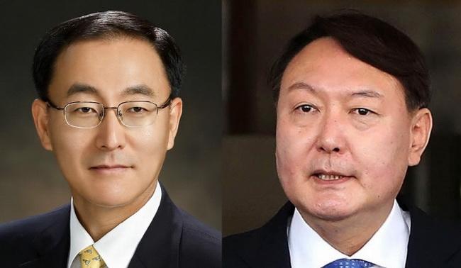 """""""불가 vs 적격""""…윤석열 공수 맡은 법대 후배 `파리(82)`떼"""