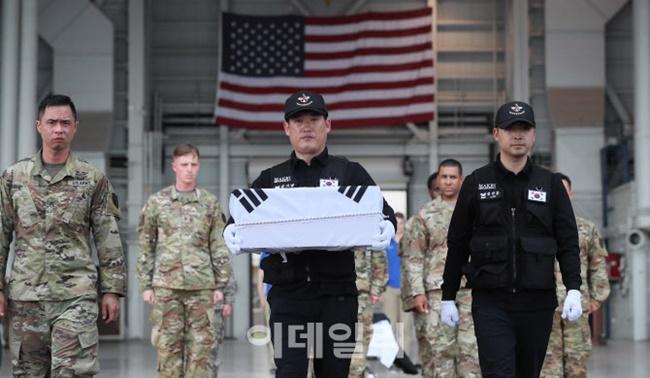 [단독]6.25 70주년 기념식, 24일 저녁 서울공항 개최 추진