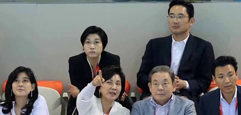 삼성생명→전자 고리 끊나…지배구조 개편 향방은?