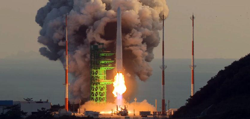 (영상)한국형 발사체 '누리호' 역사적인 비행 성공 장면