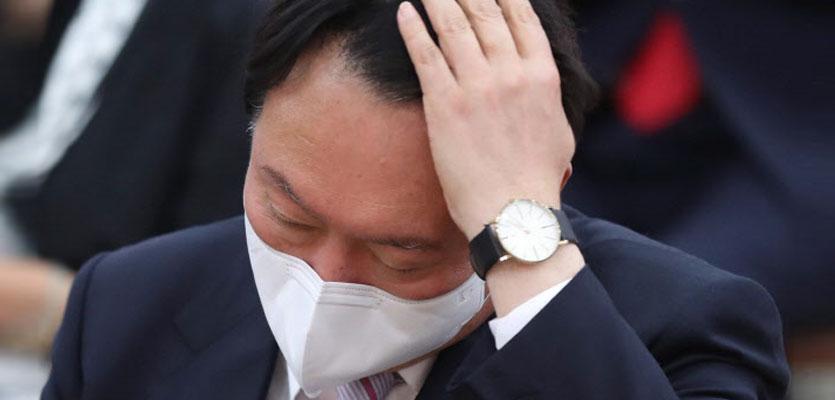 尹 `전두환 두둔` 일파만파..`대세론' 뒤흔들 자충수