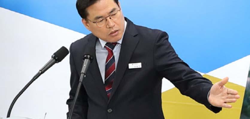 檢, 대장동 의혹 핵심 유동규 구속기소…703억 원 '뇌물'