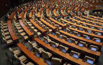 '본회의 불참한 통합당'