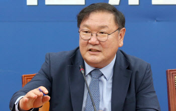 경제지 합동 기자회견하는 김태년 더불어민주당 원내대표