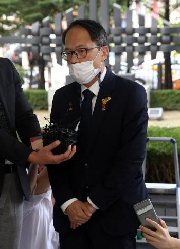 남부지원 출석하는 박주민